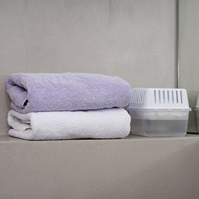 absorbente de humedad en casa